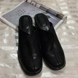 Clarks Black Leather Mule
